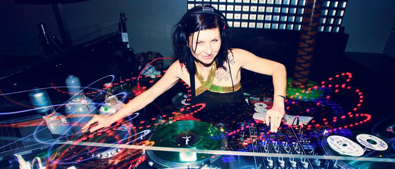 DJ MIKA RAGUAA
